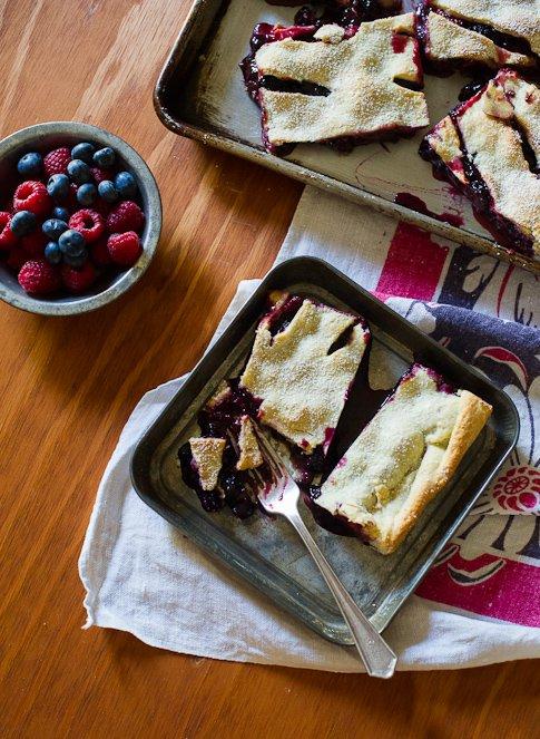 berry-slab-pie-485-2