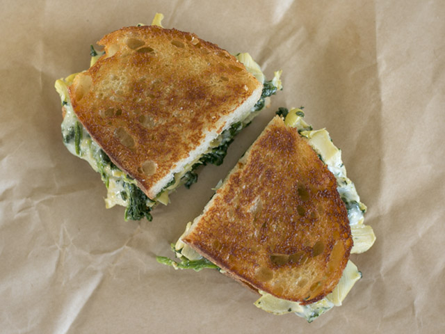Spinach-Artichoke-Grilled-Cheese-above