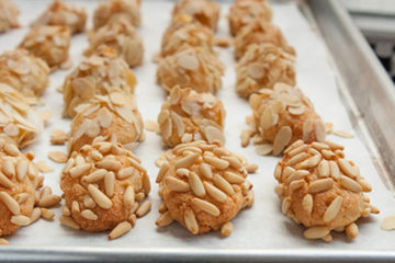 almond-cookies