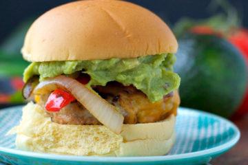 chicken-fajita-burger