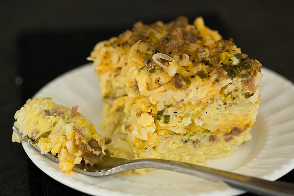 sausage-hashbrown-breakfast-casserole-40-600