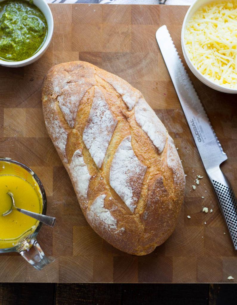 cheesy-pesto-pull-apart-bread-1-of-7