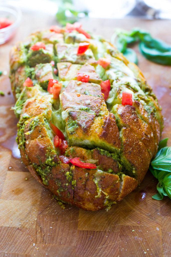 cheesy-pesto-pull-apart-bread-6-of-7